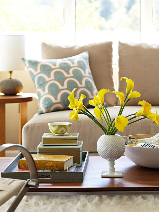 how to decorate a coffee table - How To Decorate A Coffee Table