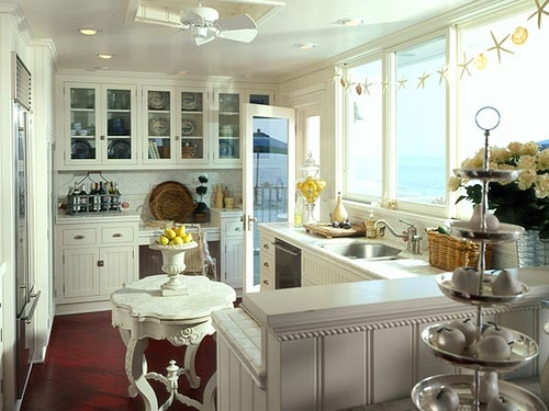 small white kitchen free standing island