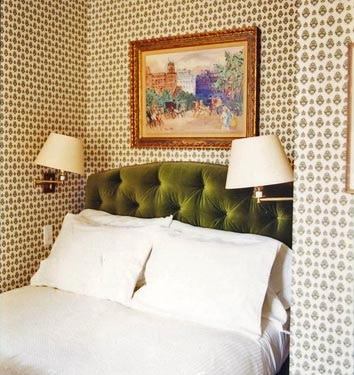 Style Tips: In Defense of Wallpaper