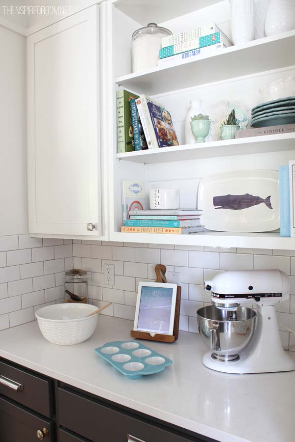 Kitchen Decor and Display on Open Shelves
