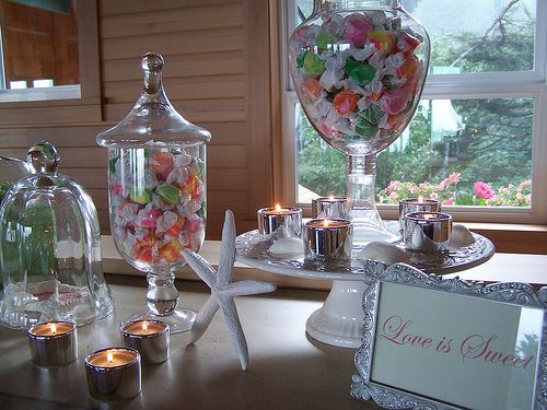 wedding candy, DIY wedding decorating