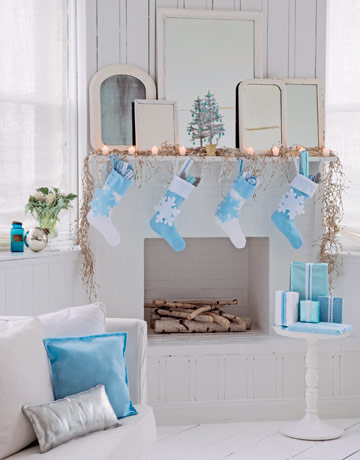 Ideas For Holiday Mantels Amp Stockings The Inspired Room