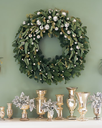 martha-stewart-fir-eucalyptus-wreath