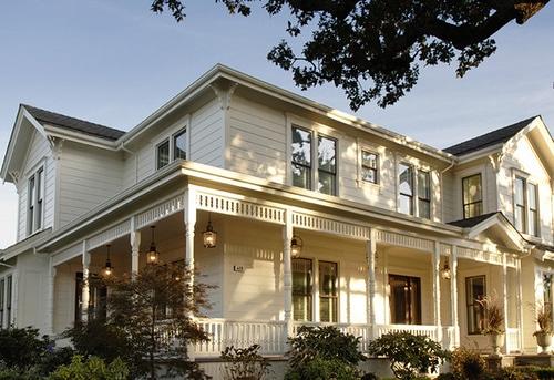 White Farmhouse Cottage {Where Dreams & Reality Meet}