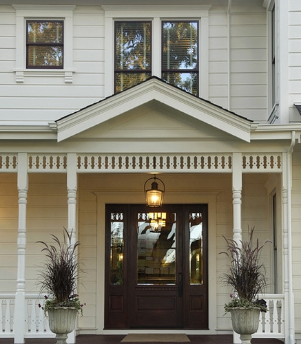 white farmhouse cottage porch