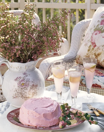 Spring Time Tea Parties {Sweet Ideas!}