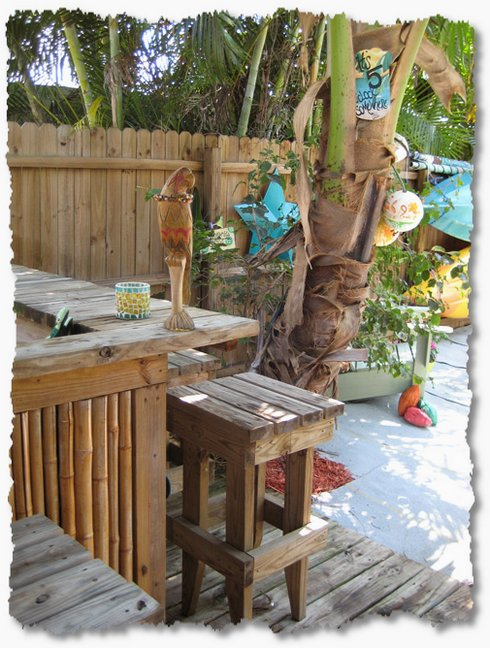 Creating Your Own Tropical Backyard Vacation The  : tiki bar from theinspiredroom.net size 490 x 648 jpeg 90kB