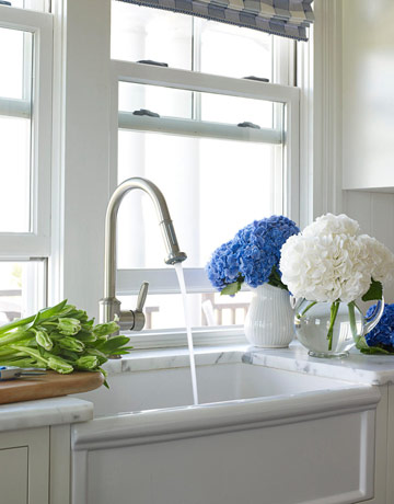 farmhouse sink marble kitchen counters