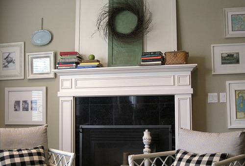 Fall Mantels: I Like 'em Simple