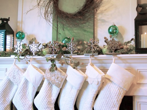 Decorating a Christmas Mantel