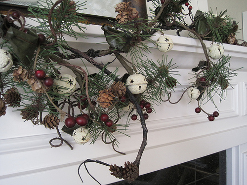 tip for hanging garland wreaths and decorations