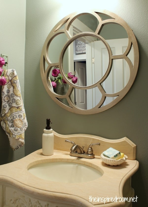 Round Mirror Powder Bath