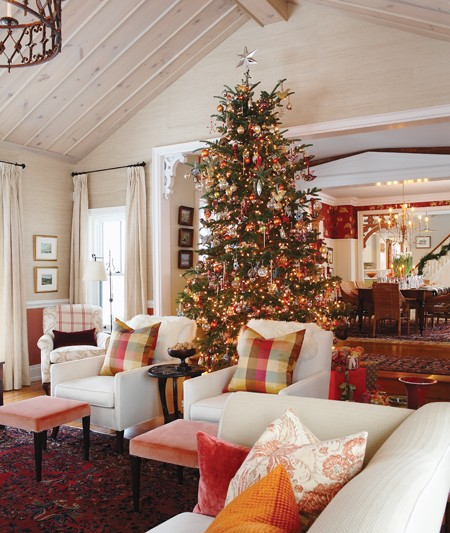 Holiday Home Design Ideas: Sarah's Farmhouse At Christmas