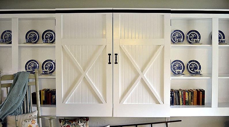 DIY Barn (closet) Doors {Four Generations One Roof}