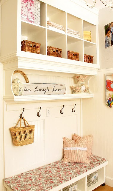 Diy Built In Wall Shelves Amp Bench My Uncommon Slice Of Suburbia The Inspired Room