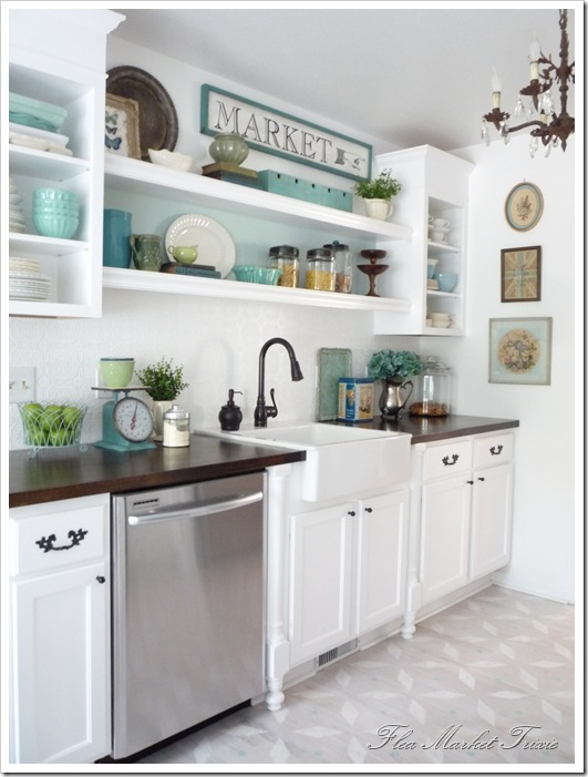 Kitchen with Personality {Before & After by Flea Market Trixie}