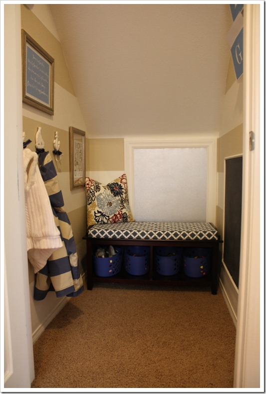 A Small Mudroom full of Big Ideas! {A Thoughtful Place}