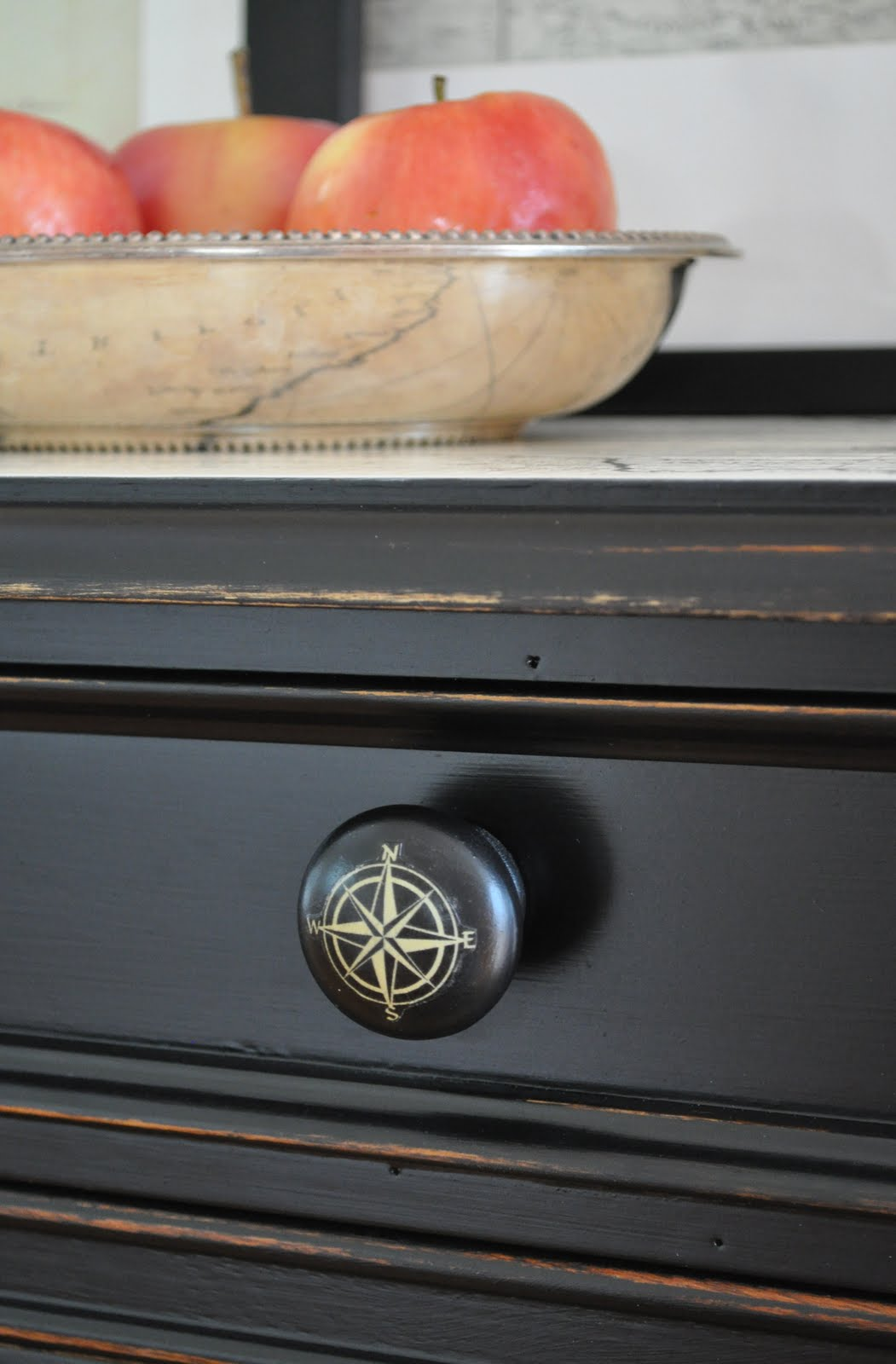 Easy kitchen updates knobs pulls the inspired room