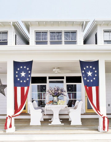 Flags on Houses {Do you hang a Flag on Your Porch for the 4th?}