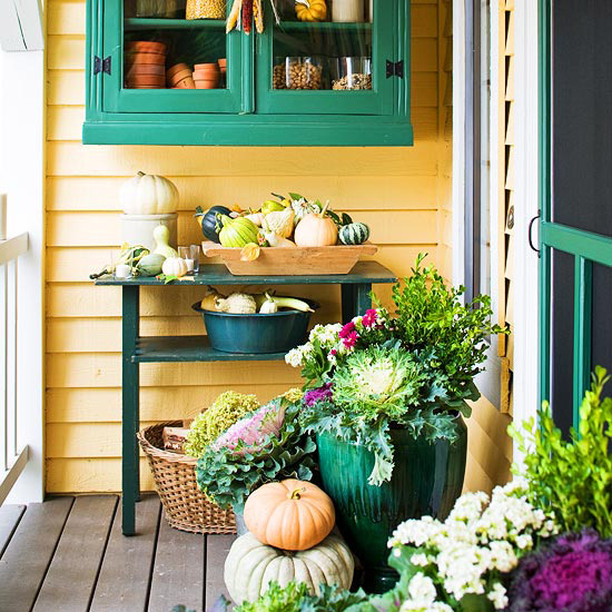 Front Porch Decorating: Fall Porch Ideas: 5 Ways To Add Fall Color To The Porch