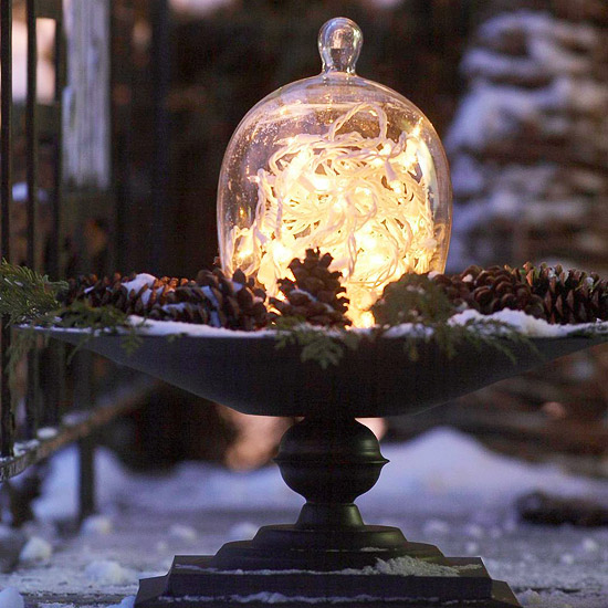 Christmas Decorating Ideas Outdoors: Pre-Holiday Makeover