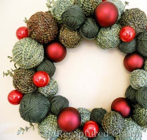 Christmas Yarn Wreath {Recaptured Charm}