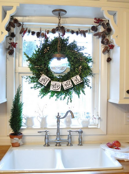 DIY Christmas Project and Room Tour Round Up!