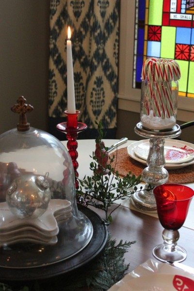 Keeping Christmas Magical {Decorating}