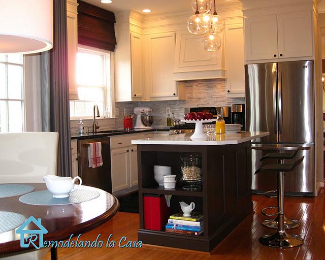 Fabulous DIY Kitchen Makeover {Remodelando la Casa}