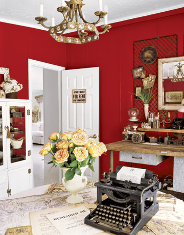 red wall dining room