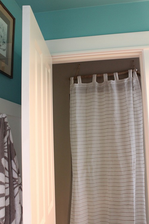 "My ""Simple and Done"" Quick Fix: Closet Door Curtain {DIY Driftwood Rod}"