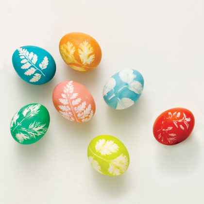 A Fun Spring Craft Project: Leaf Print Easter Eggs