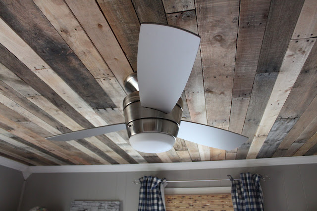 DIY Pallet Ceiling {Maple Leaves & Sycamore Trees}