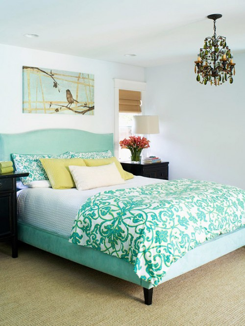Layering a Bed {9 Lovely Bedrooms}
