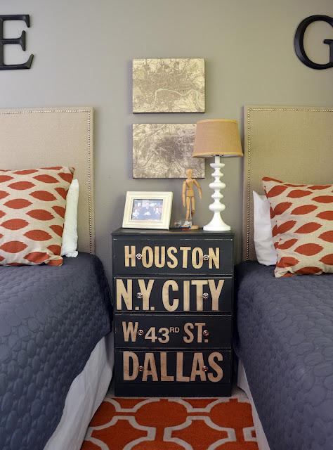 Grey and Orange Boys Room 474 x 640