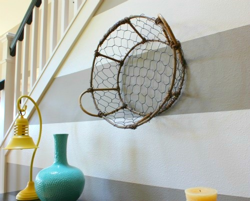 entry basket on wall