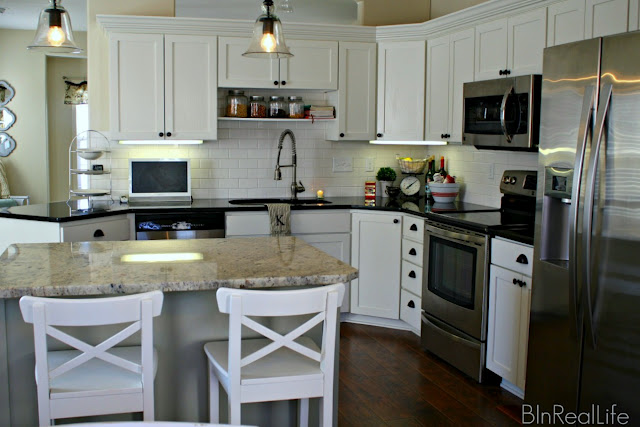 How To Clean White Wooden Kitchen Cabinets
