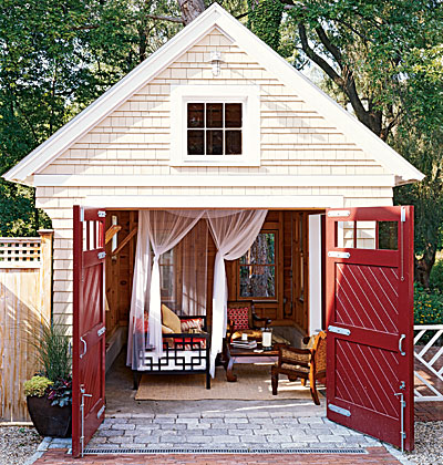 {Summer House} Garden Sheds & Backyard Retreats!