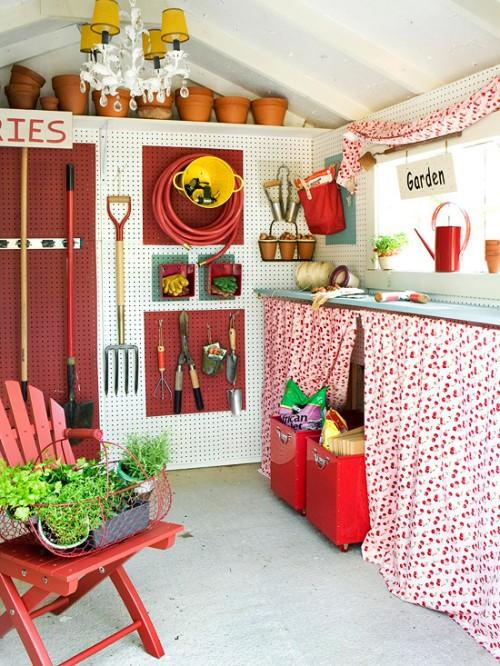{Summer House} Garden Sheds & Backyard Retreats!