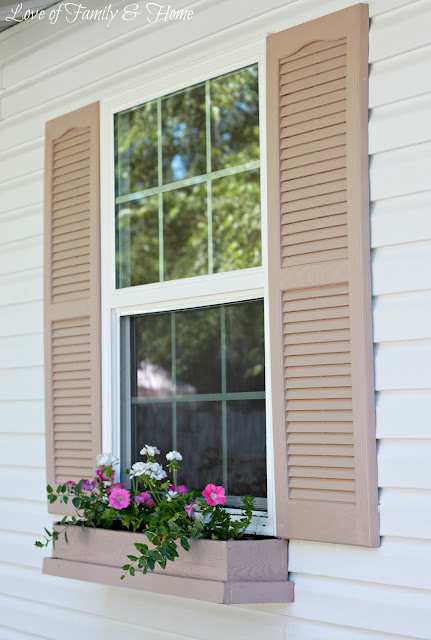 Inexpensive DIY Window Boxes {Love of Family and Home}