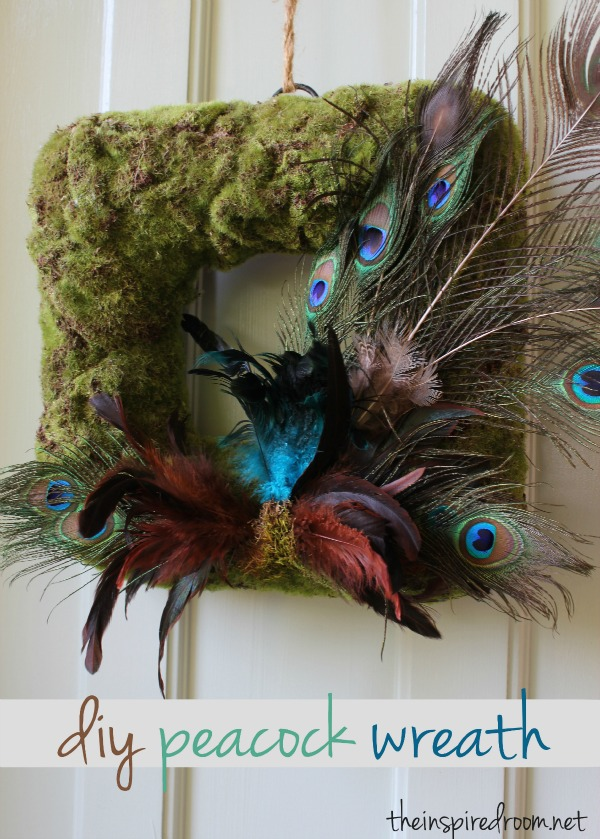 Easy DIY: Peacock Wreath