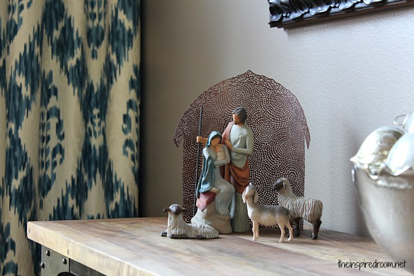 {christmas decorating} Nativity scene giveaway!