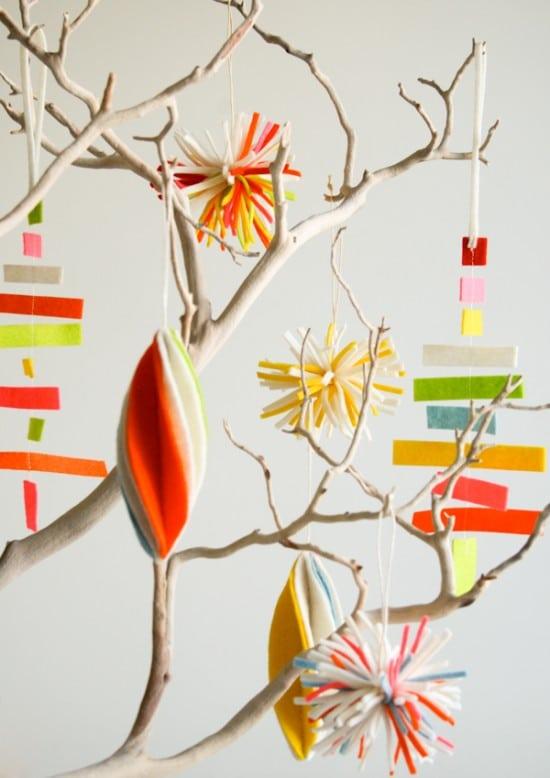 3 DIY Felt Ornaments {The Purl Bee}
