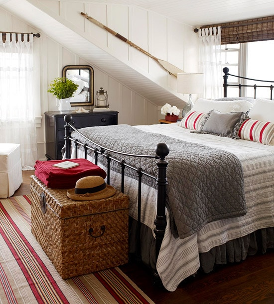 Decorating with a Pop of Red {Cottage}