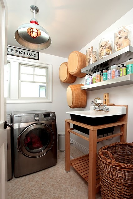 Laundry-Room-Industrial