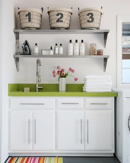 Pretty-Laundry-Room-Colorful