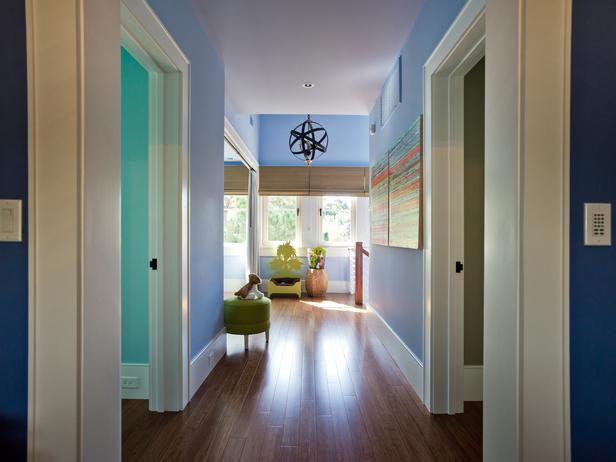hgtv dream home wide hall and colored walls