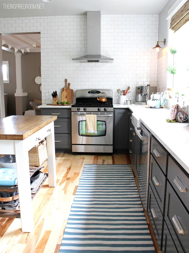 Subway Tile Kitchen White Cabinets