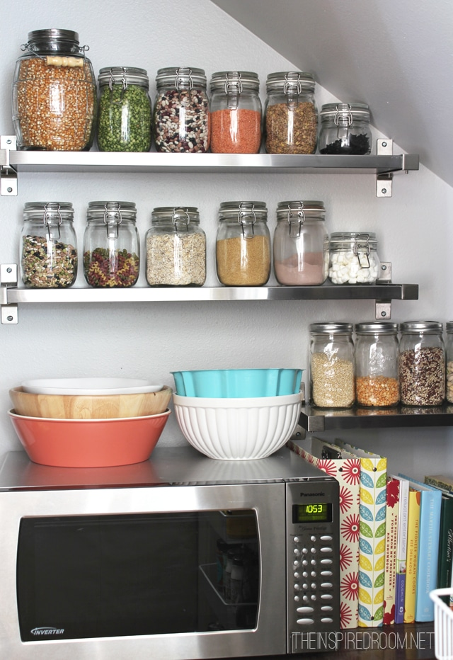 Superbe Kitchen Pantry {Reveal}