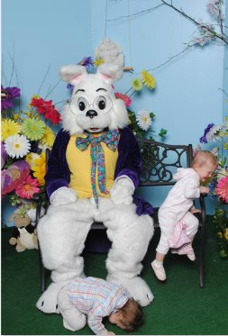 pictures with the easter bunny via the inspired room